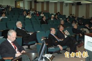 台灣外科人道醫療研討會 國內外頂尖醫師分享經驗