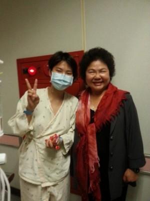 「感謝花媽為我加油」血癌女參加高職統測