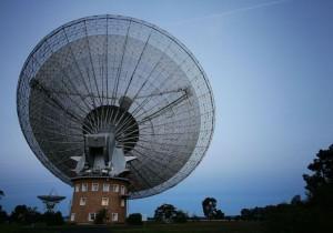 科學家追蹤「不尋常」訊號17年 竟然是...
