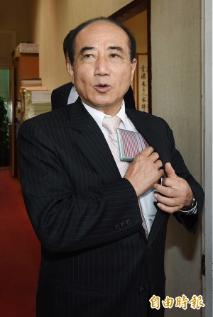 藍營總統初選若難產 恐徵召朱王吳披戰袍
