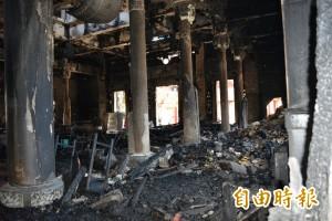 福安宮媽祖落難 數千信眾淚眼捐款助重建