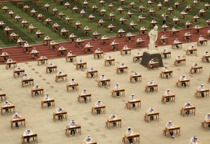 「誠信考場」超霸氣! 千人考試無監考老師