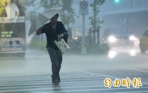 北市下午暴雨 各地淹水