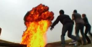 粉塵爆炸威力多驚人 實驗影片告訴你