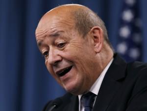 法國防部長:拒交航母給俄國 不會軍售中國