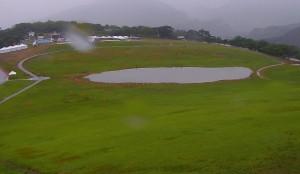 高台熱氣球場地暴雨變「湖泊」 民眾戲稱像「嘉明湖」