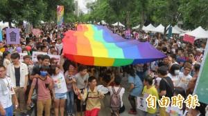 中市率先!同性伴侶可簽手術同意書