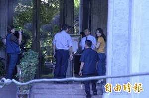 3名記者仍被留置 北檢3檢察官赴保大訊問