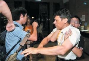 反課綱遭逮捕記者:捍衛新聞自由,決不退讓