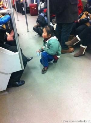 手機遙控童丐團…中國媽媽輕鬆月入50K