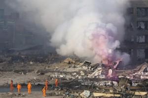 台媒採訪天津爆炸案 遭警搶記憶卡嗆「你來跪我啊」