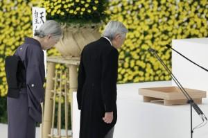 終戰70年後 日本天皇首度表示「深刻反省」