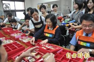 連戰欲參加中國大閱兵 蔡英文:國民黨自己要處理