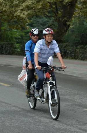 夢想不設限!2盲俠單車月騎2300公里遊中國