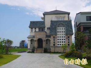 擁豪華農舍…沙志一避談請辭
