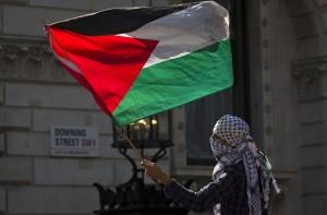 聯合國壓倒性票數通過 巴勒斯坦旗幟可高掛