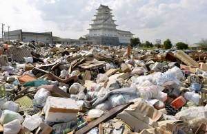 日颱風災區遭打劫 災民哭:連丈夫遺物都偷走!