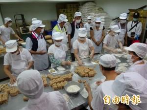 新竹衛生局稽查中秋月餅製品 籲業者自主管理