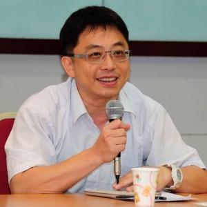 陸委會稱卡式台胞證「無資安疑慮」 李忠憲打臉