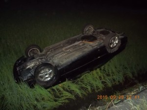 颱風吹車子墜稻田?原來是醉上路