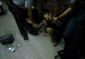 鳳山19歲男當街拉K被逮 警形容如行動毒窟