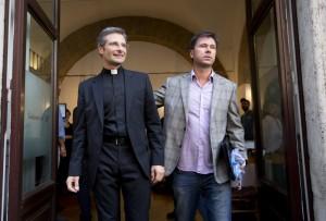 梵蒂岡神父公開出櫃  盼教會正視同志