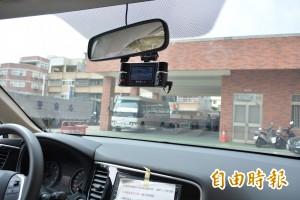 剛交車就故障!警方:行車紀錄器難免有瑕疵品