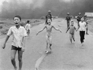 浴火重生!越戰燒夷彈女孩 雷射救贖悲慘人生