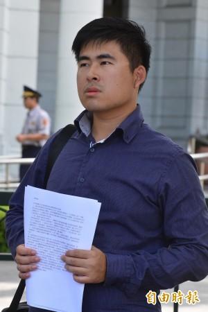 內政部關切小英臉書被灌爆 王炳忠:打壓言論自由!