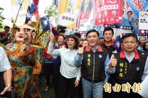 遇關廠工人抗議 王如玄:國民黨關懷分配正義