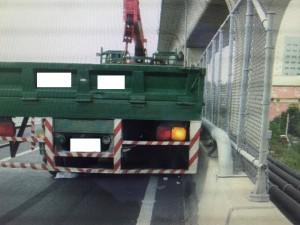 大貨車國道煞不住 時速飆破150公里險釀追撞