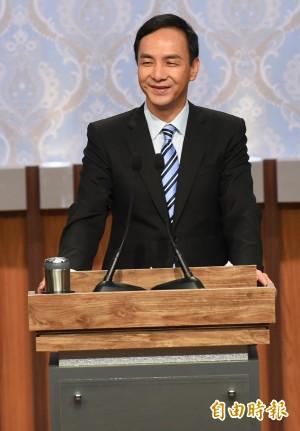 總統辯論》朱立倫承諾漲工資 李應元批:為什麼不現在調?