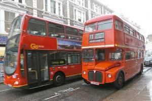 高雄雙層公車巴士明年上路 兼顧觀光與減碳