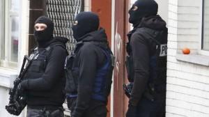 比利時查獲地下兵工廠 證實是法國恐攻賊窩