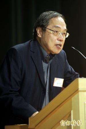 小英入主總統府 陳芳明:警棍與水柱的年代將會過去