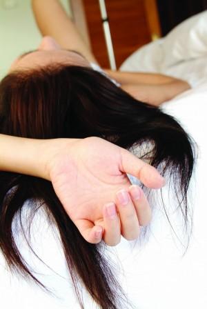 國中嫩妹被疼到床上去 男友遭判刑
