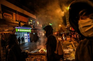 香港庭訊被捕民眾 旁聽人擠爆法庭