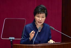 朴槿惠警告:北韓發展核武 將加速倒台