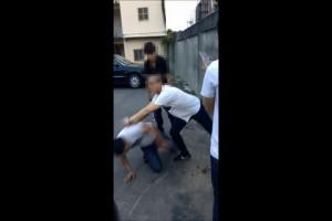 詐騙車手「黑吃黑」  被逼下跪痛毆