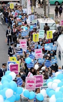 政治運動無需申請!日本6縣市讓學生自己判斷