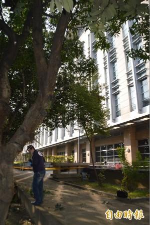 中興大學圖書館 學生跳樓送醫不治