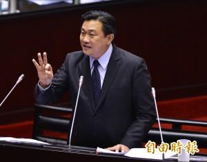 他否認國民黨假買賣雙子星 反遭王定宇打臉!