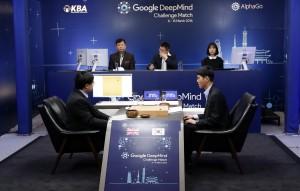 AlphaGo再敗世界棋王 網友建議:嘗試切它網路