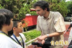 拍一輩子都不夠 法導演:台灣就像我年輕時的法國