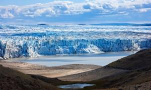 全球暖化 大量融冰讓地球「歪了」