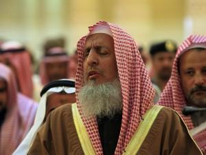 沙國伊斯蘭教長:女性開車會招來邪靈