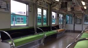 超酷! 日本電車座椅 竟然可以變車門