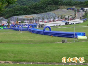 基隆擁恆文創新花樣 半山腰120公尺滑水道