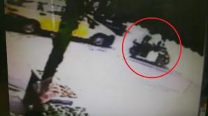 計程車撞機車波及行人 倒楣7旬婦昏迷未脫險