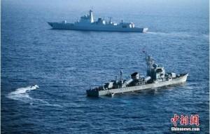 中國南海軍演 最新飛彈驅逐艦模擬攻島